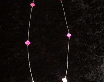 Long necklace in Pearl flowers