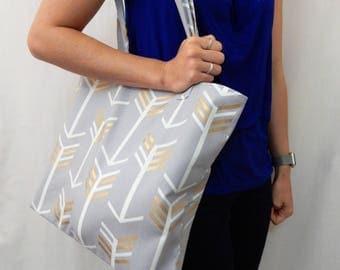 Arrow Medium Tote Bag