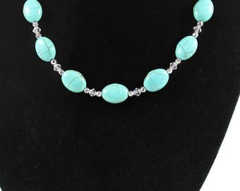 Beautiful Turquoise Magnesite Necklace