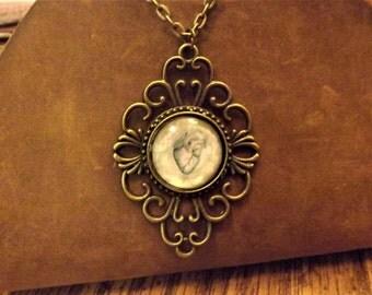 Victorian Heart Pendant Necklace