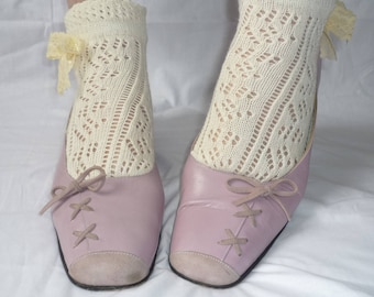Quality Vintage Pastel Pink Leather Shoes Size 6