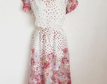 VINTAGE Stunning 1970's Floral Dress Size