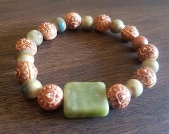 Boho Green Stone Love bead bracelet