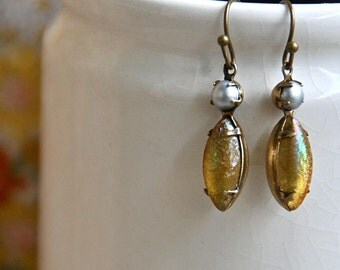 Yellow iridescent and grey pearlized stone teardrop earrings,summer boho earrings,vintage style earrings. Tiedupmemories