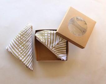 Gold Palm Leaf Cloth Napkins - Shimmery Gold Hand Print - Tropical Print - Palm Leaf Design - Gold and White Dinner Napkins