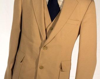 Men's Suit / Vintage Blazer, Vest, Trousers / Beige 3-Piece / Size 42/34  #2301