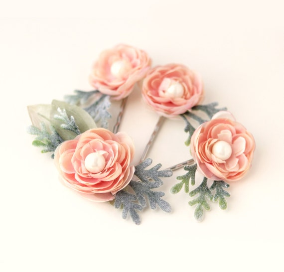 Pink hair pin set, Ranunculus flower clips, Bridal clip set, pink bobby pin set, blush wedding accessory, Pastel peachy pink bobby pins