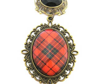 Scottish Tartan Jewelry - Ancient Romance - Tartans Special Occasion Collection - Brodie Ornate Filigree Brooch w/Onyx Black Glass Gem