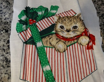 Christmas Kitten Applique, Christmas Present, Green Ribbon, Kitten, Cat, Feline, Quilting Fabric, Pillow Fabric, Stocking Fabric
