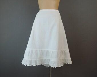 Vintage Edwardian Petticoat, 28 inch waist, 1900s White Cotton Slip