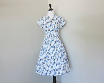 1950s Day Dress, Pretty White Cotton Day Dress with Blue and Grey Tree Pattern, Mandarin Collar, Blue Buttons and Lace Trim on the Shoulders