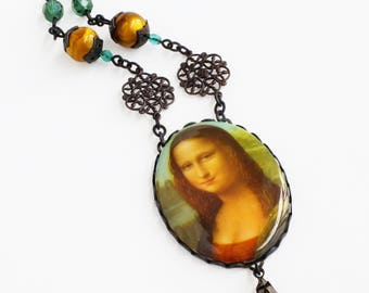 The Mona Lisa Necklace Famous Painting Jewelry Large Vintage Cameo Pendant Iconic Oil Painting Jewelry Fine Art History Statement