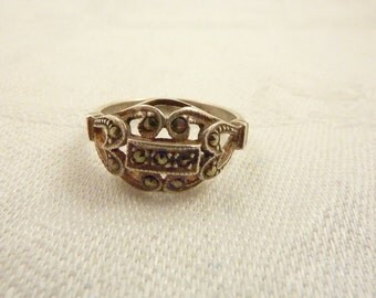 Vintage Sterling Silver and Marcasite Ring Size 8