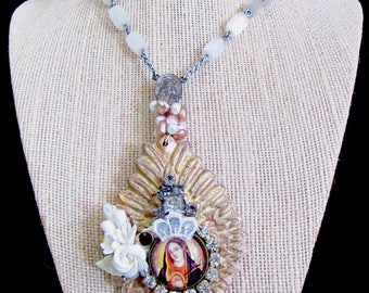 Catholic Virgin Mary Our Lady of Sorrows Ex-Voto Heart, Vintage Broken Rosary Handmade Necklace, Collar Virgen Maria