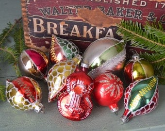 9 Vintage Poland Glass Christmas Ornaments Green Red & Gold