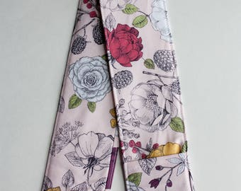 Camera Strap Cover- lens cap pocket and padding included- Vintage Rose