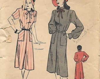 Butterick 4049  Fabulous 1940s Hip Pocket Dress Unprinted Sewing Pattern Bust 32 Hip Pockets
