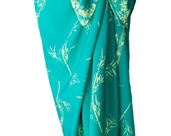 Beach Sarong Skirt Women's Clothing Beachwear Batik Pareo - Long Wrap Skirt Aqua Green & Cream Beach Cover Up Bamboo Print Sarong - Spa Wrap