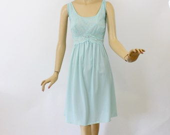 Vintage 60s Baby Doll NightGown Vanity Fair Turquoise Nylon Tricot & Chiffon Gown w Embroidered Flowers Size 38