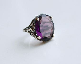 1920s style sterling filigree amethyst glass ring / 20s vintage reproduction sterling silver filigree purple glass cocktail ring size 6