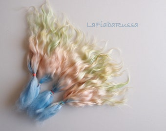 rainbow Doll Hair Combed Mohair locks 9-10 in -  blue peach green ombre fiber for reroot, momoco, wig, pullip, pukifee. Lafiabarussa