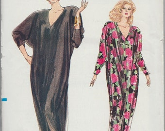 Very Easy Vogue 7401 / Vintage Sewing Pattern / Caftan Robe Gown / Sizes L XL / Large To Extra Large