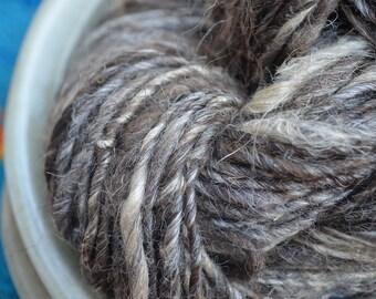 Hand Spun Yarn. Navajo Churro & Flax. 106 yards, 5.5 oz.