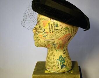 1950s Bumper Brim Black Velvet Hat with Veil