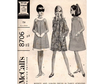 60s Tent Dress Pattern Round Neckband Raglan Sleeved Smock McCall's 8706 Vintage Sewing Pattern Size 14 Bust 34 Inches