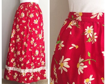 Red Floral Skirt // Daisies, Prairie Skirt // Red Lace Trim