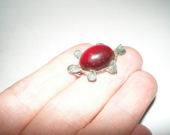 Victorian Turtle Red Jelly Brooch Tiny Turtle  Unisex Antique Brooch