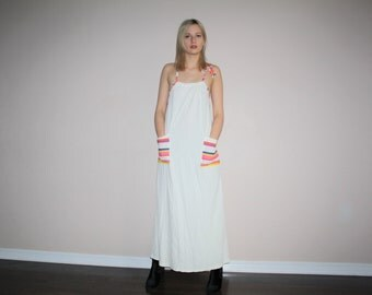 Vintage 1980s White Terrycloth Rainbow Stripes Graphic Maxi Dress - 1980s Minimalist Dress - W00442