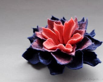 Felted Flower Brooch, Felt Flower Brooch, Coral and Navy Blue Felt Flower Brooch, Textile Flower, Fiber Brooch, Textile Brooch, Botanical