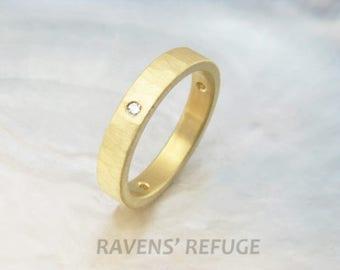 hammered diamond ring -- 3.5mm 18k gold women's wedding band / wedding ring