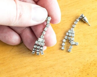 Vintage Rhinestone Drop Earrings Pierced 1980s Glam Evening Wedding Bridal Jewelry