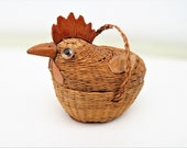Vintage Wicker Basket, Chicken Basket,  Hen on Nest, Small Wicker Chicken