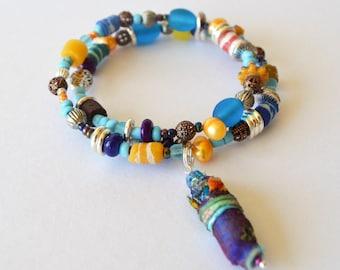 Beaded boho bracelet, Boho hippie bangle, Recycled glass bead bracelet, Festival jewellery, Handmade beaded bracelet, Blue, Yellow, Pearl