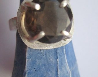 Smokey Quartz Ring ./. Sterling Silver Ring ./. Brown Stone Ring ./. Bague Pierre ./. Smokey Topaz Ring ./. Claw Setting Ring ./. Swedish