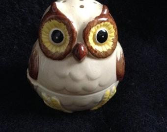 Vintage OWL incense burner.  Ceramic figure. 1960's.  Mod Kitsch.  Made in Japan.