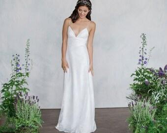 Chantilly lace, Wedding Dress, V-Neck, Slim, light weight Destination Wedding Dress, A-line wedding dress, Silk and lace, Bridal lace, Lace