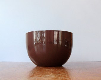 Mid Century Arabia / Finel Chocolate Brown / White Enamel Bowl