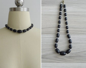 15% SALE (Code In Shop) - Vintage 80's Black & White Plastic Beaded Necklace