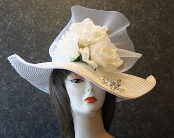 NOW with FREE SHIPPING! Derby Hat, Kentucky Derby Hat, Easter Hat, Garden Party Hat, Tea Party Hat, Church Hat, hat  White Hat 355