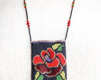 Amulet Bag Rose