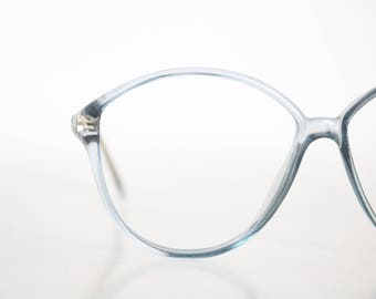 sheer blue vintage frames