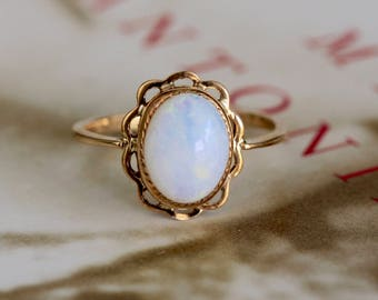 Edwardian 1910s Opal Engagement Ring, Antique Opal Yellow Gold Ring, Art Nouveau Opal Ring, Anniversary Ring, Alternative Engagement Ring