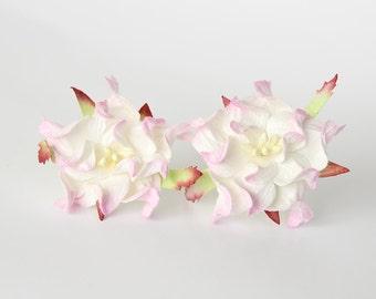 10 pcs - 4 cm Soft pink & white gardenia flower