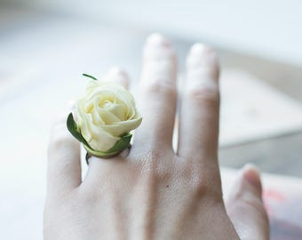 Flower ring - ivory rose ring - rose jewelry - floral ring - romantic ring - romantic jewelry - botanical ring - romantic wedding, garden