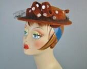 Tan Velvet Hat / Vtg 50s ...