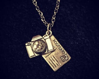 Cluster charm necklace: Postcard from Paris. Big city holiday - a vintage camera and an 'I love you' postcard